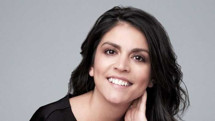 Cecily Strong – Biography 2021