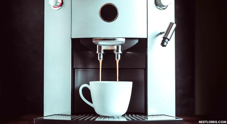 6 Best Coffee Maker With Grinder 2021 – Reviews & Buying Guide