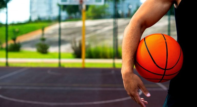 Top 6 Basketball Knee Pads 2021 Reviews