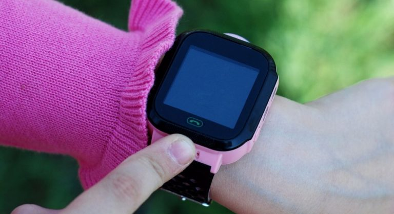 The Best Fitness Trackers for Kids in 2021