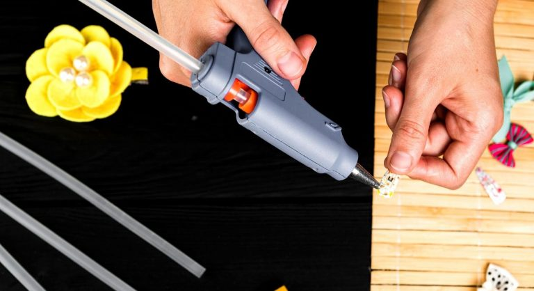The 10 Best Hot Glue Guns 2021 Reviews