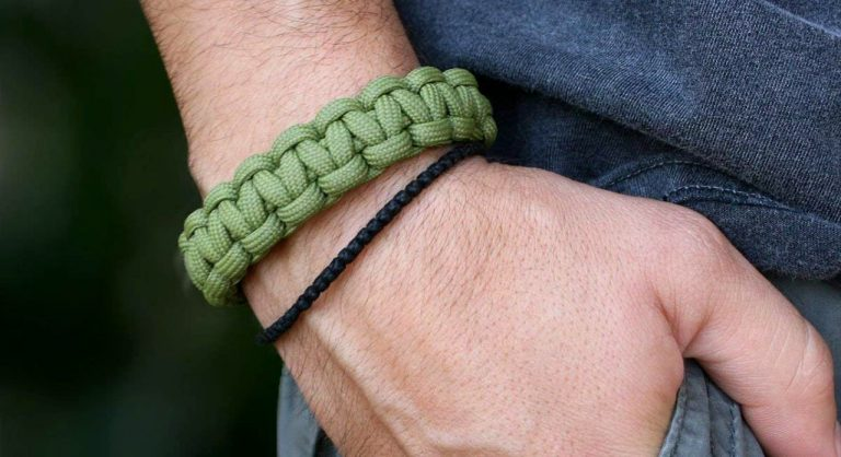 5 Best Paracord Survival Bracelets in 2021 Reviews, Buying Guide & FAQ