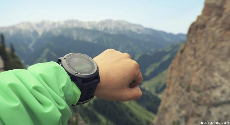 The 10 Best Hiking Watches in 2021 – Reviews & Buying Gude