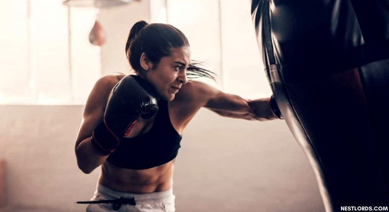 Top 15 Best Boxing Gloves for Women Reviewed in 2021