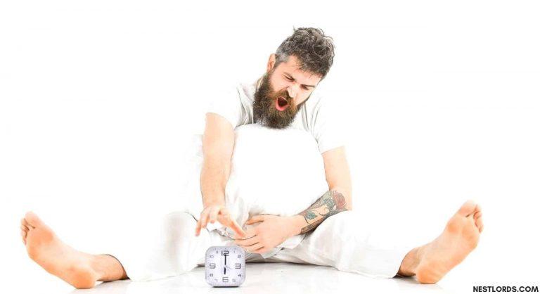 8 Best Men's Pajamas & Lounge Pants Reviewed in 2021
