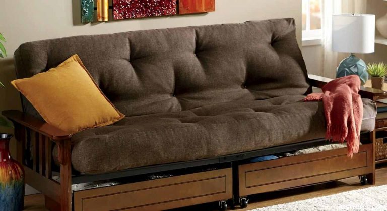 The Best Futon Frame in 2021 – Tips & Buying Guide